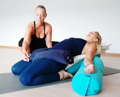Mindful Restorative yogaterapi